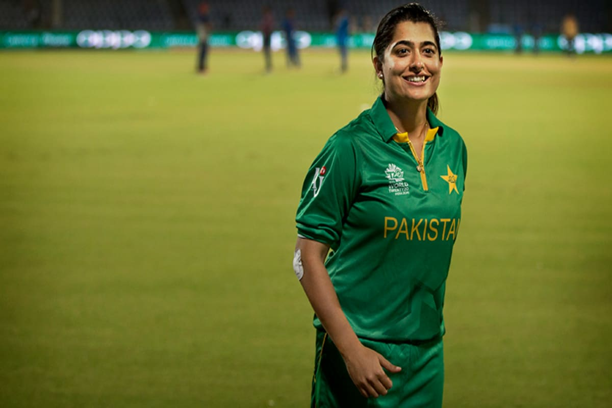Former Pakistan Women's Captain Sana Mir Tests Positive for COVID-19 While Commentating