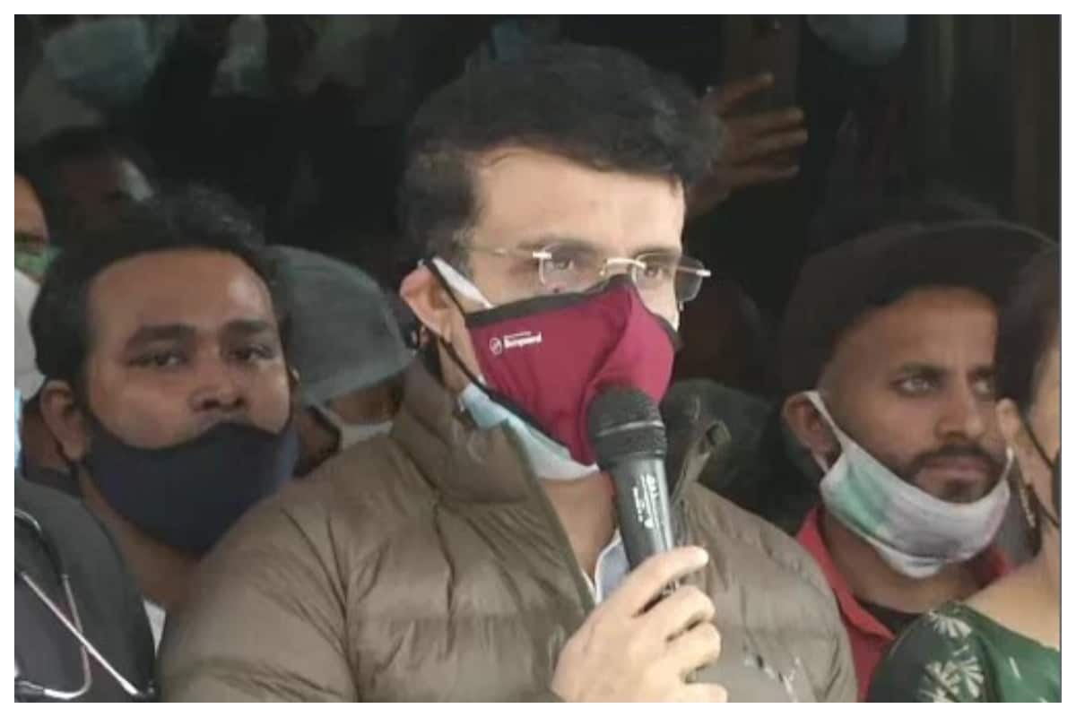 Sourav Ganguly Discharged From Hospital, Thanks Doctors for Treatment and Says He is 'Absolutely Fine'