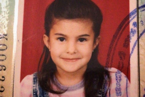 Check Out This Adorable Childhood Picture of Jacquelin Fernandes