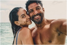 Shibani Dandekar Wishes 'Love of Her Life' Farhan Akhtar on Birthday with Shirtless Picture of Actor