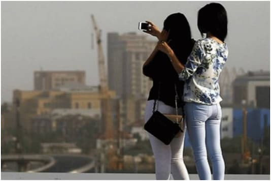 Odisha woman falls to death while trying to take selfie by Ib river | Image credit: Reuters (Representational)