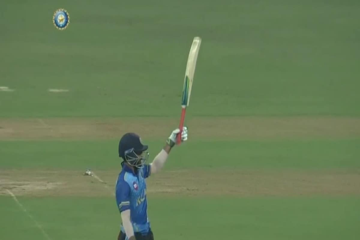 WATCH: Mohammed Azharuddeen Smashes 37-Ball Ton, Kerala Make Mockery of Mumbai's 197-Run Target