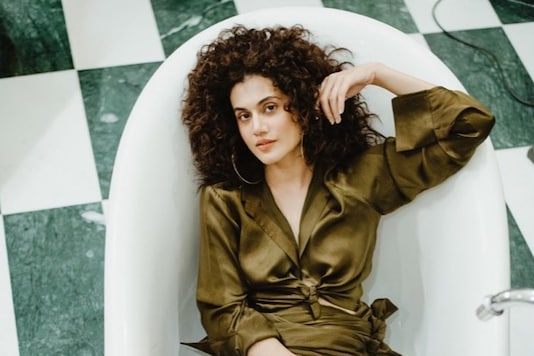We Simply Can't Look Away from Taapsee Pannu's Stunning Photoshoot in Bathtub