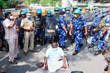 Puducherry CM, Colleagues Stage Stir Against 'Denial' of Permission to Meet Agitating Minister