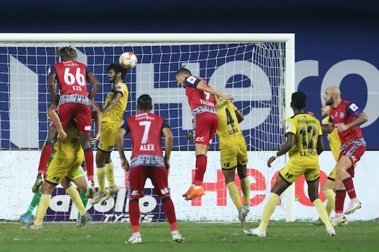 Jamshedpur FC and Hyderabad FC play out a goalless draw. (Photo Credit: ISL)