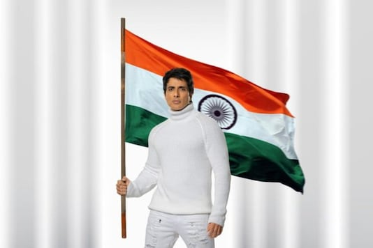 Republic Day 2021: Amitabh Bachchan to Sonu Sood, Bollywood Celebs Wish for Peace and Prosperity