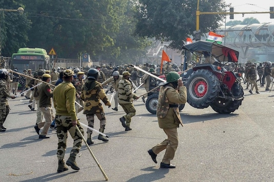 Delhi Police to Take Legal Action Against Violent Protesters, Says Farmers Broke Pre-agreed Conditions