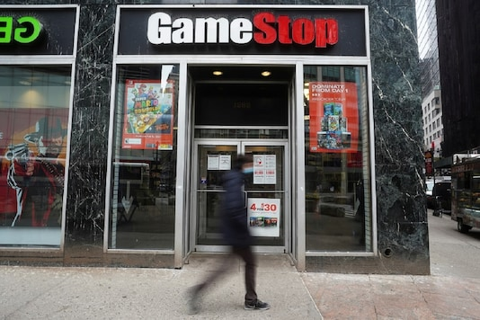 A sign is seen outside a GameStop store in the US. (Image: Reuters)