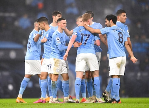 Tottenham Buckles Again In Familiar Style, City Jumps To 3rd