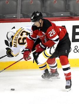 Bruins Win 3-2 In SO, Spoil Ruff's Debut As Devils Coach