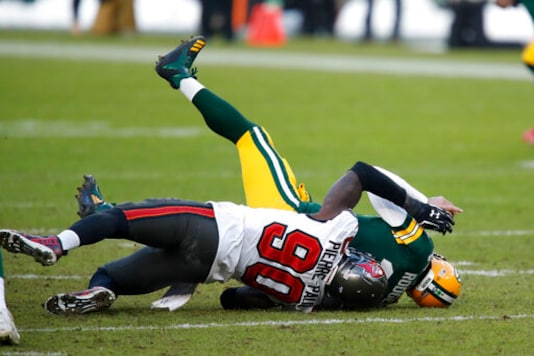 JPP, Barrett Pace Stingy Buccaneers Defense Against Rodgers