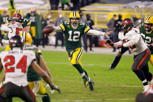 Packers' Rodgers Clarifies Postgame Remarks About His Future
