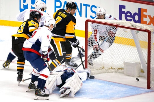 Crosby's OT Goal Lifts Penguins Past Capitals 5-4