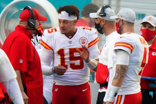 Chiefs To Start Henne Against Herbert, Chargers On Sunday