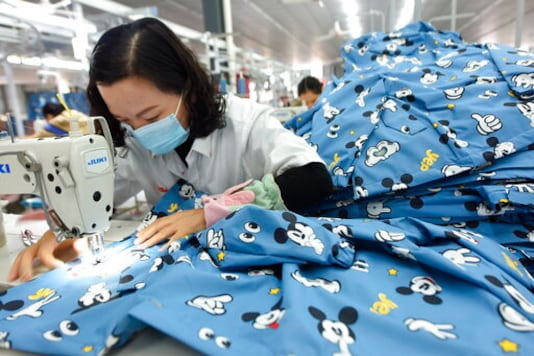 China's Manufacturing Recovery Weakens In December
