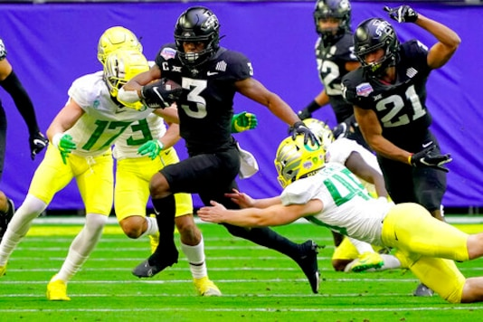 Oregon Has 5 Turnovers In Fiesta Bowl Loss To Iowa State