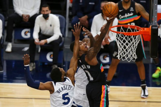 Russell, Timberwolves Snap 7-game Skid With Win Over Spurs