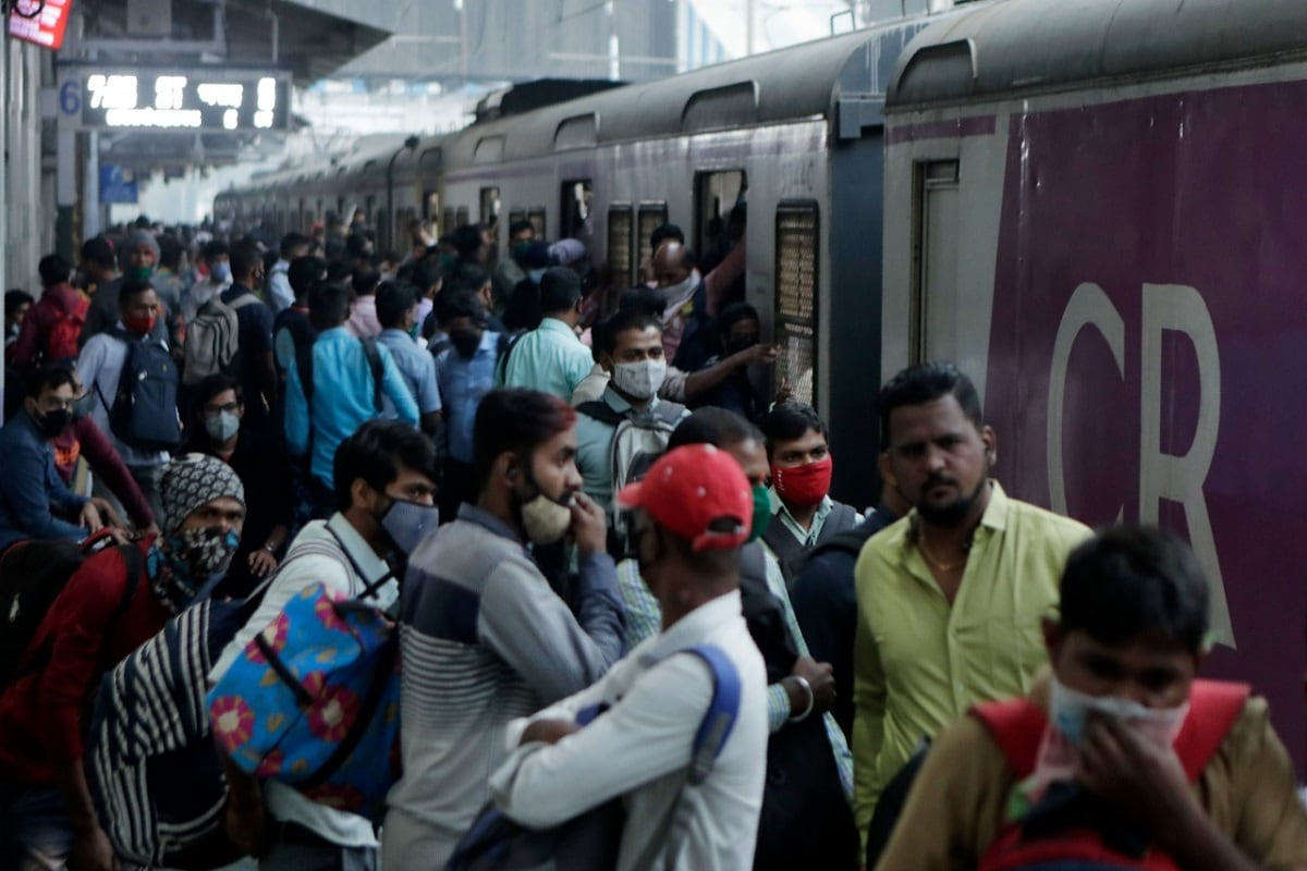 Mumbai's Local Trains to be Blamed for Surge in Covid-19 Cases? Here's What BMC Data Says - News18