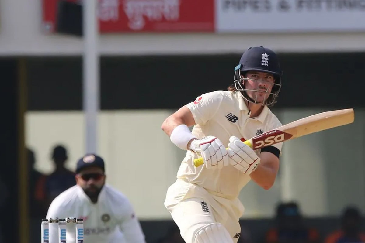 India vs England: England Players Wear Black Armbands in First Test, Find Out Why