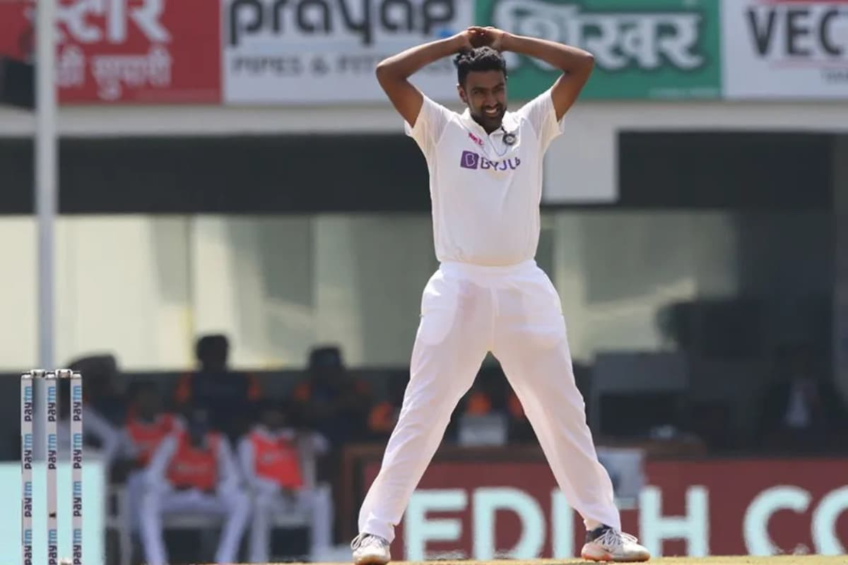 India vs England: R Ashwin Surpasses Harbhajan Singh in List of Bowlers for Most Wickets at Home