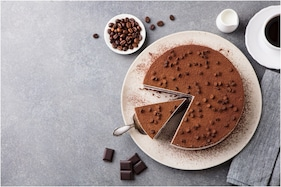 Valentine's Week 2021: Cake Recipes to Make Your Days Love-filled