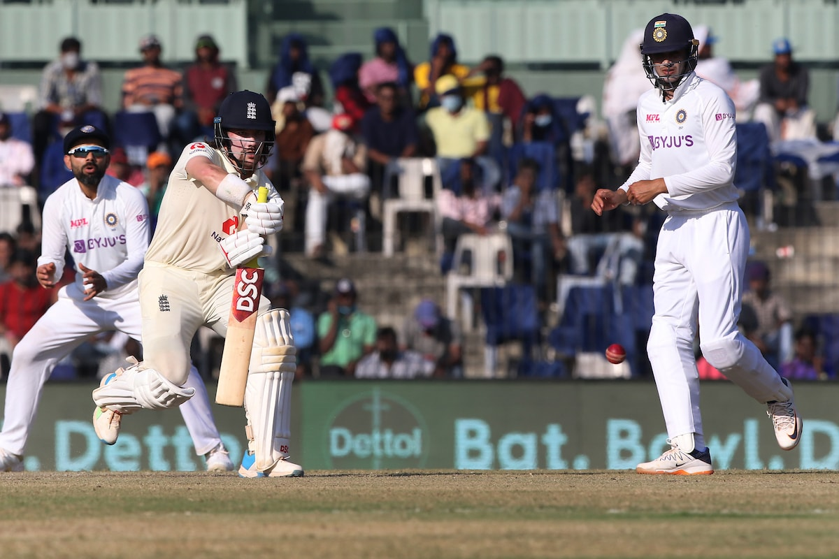 India vs England 2021- Shubman Gill Taken for Scans After Forearm Injury; Won't Take Field on Day 4