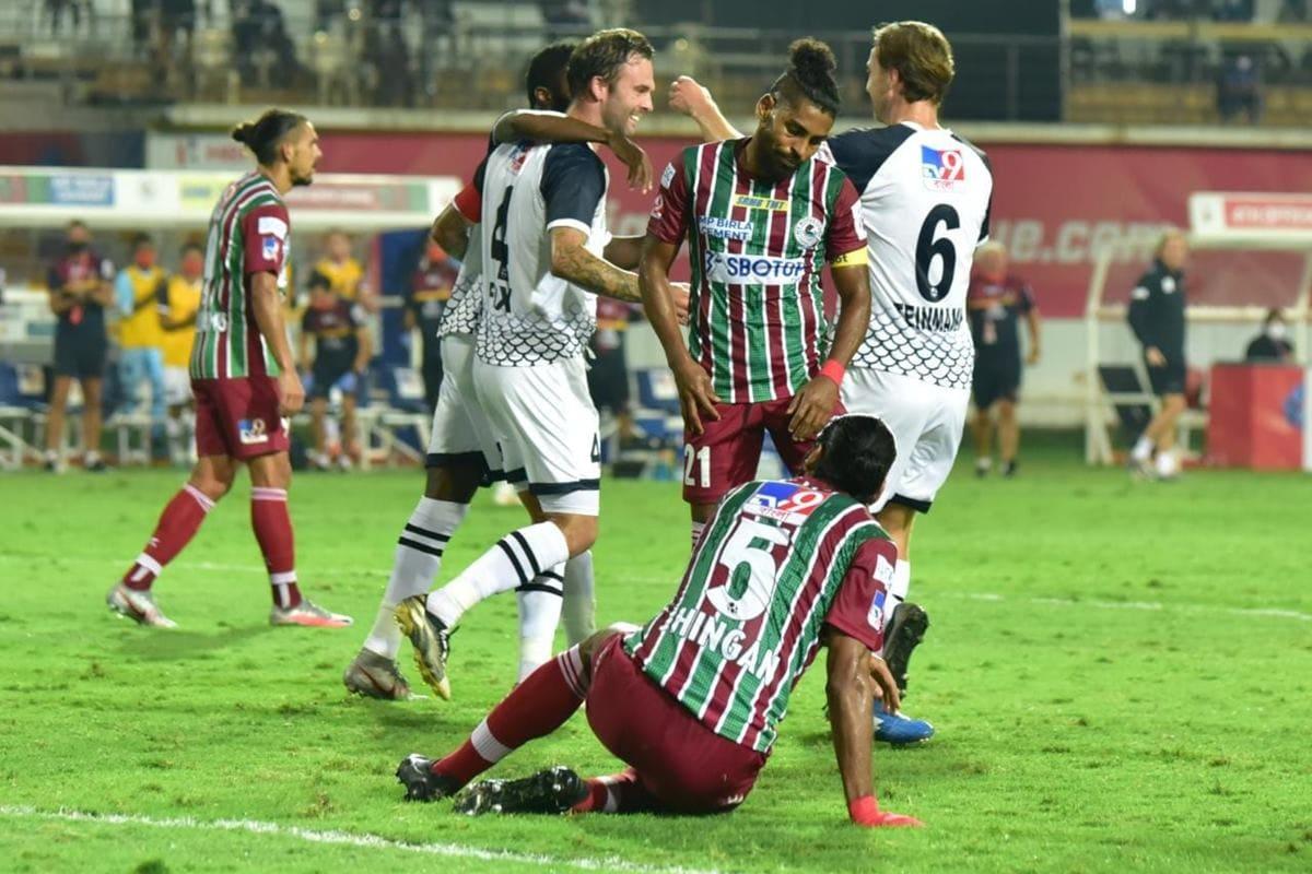 ISL 2020-21 Live Score, ATK Mohun Bagan vs SC East Bengal: SCEB Equalise Courtesy Tiri Own Goal, Match Tied at 1-1