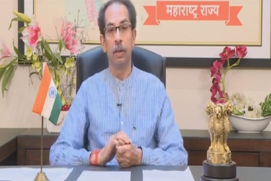 Coronavirus News Live Updates: CM Uddhav to Address Maharashtra at 8:30 pm as Sources Say Lockdown Likely from April 15 Midnight; UP Records 18,021 New Cases