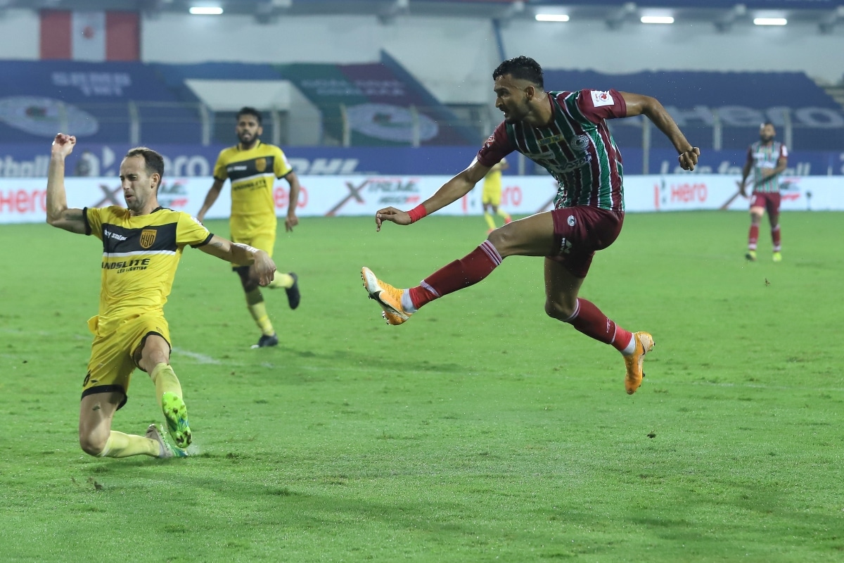 ISL 2020-21 HIGHLIGHTS, Hyderabad FC vs ATK Mohun Bagan: 4 Goals and a Red Card, ATKMB Draw 2-2 with HFC - News18