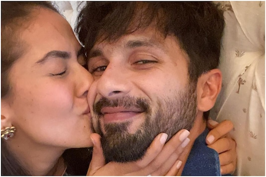 Shahid Kapoor Posts Close-up of Mira Rajput Kissing His Cheek, Fans are Feeling the Love