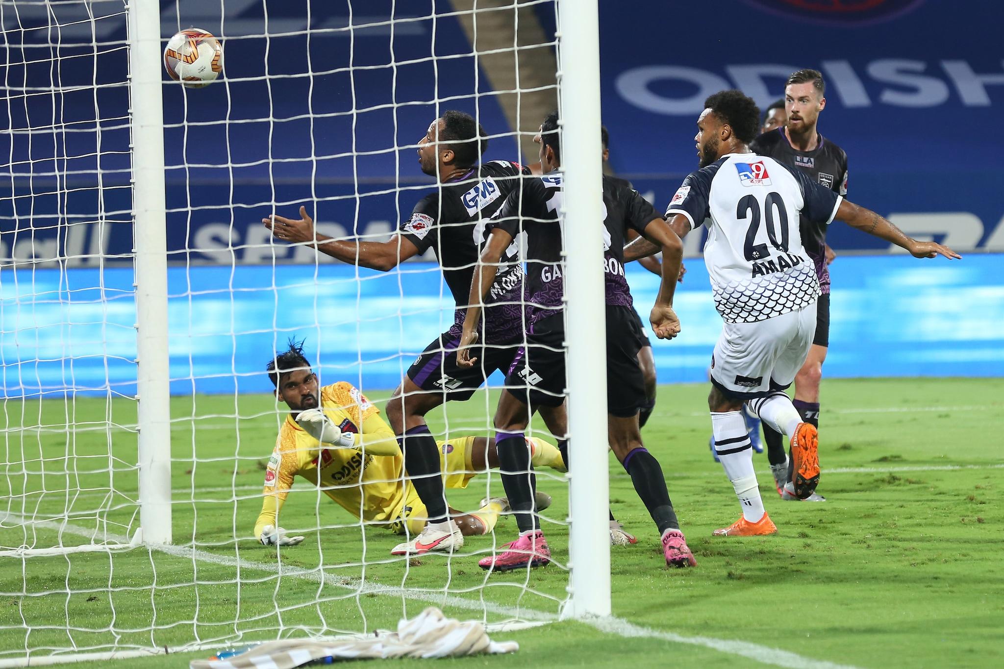 Aaron Joshua Holloway of SC East Bengal scores a goal (ISL)