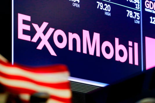 Exxon Clamps Down On Spending, 4Q Revenue Nearly Flat