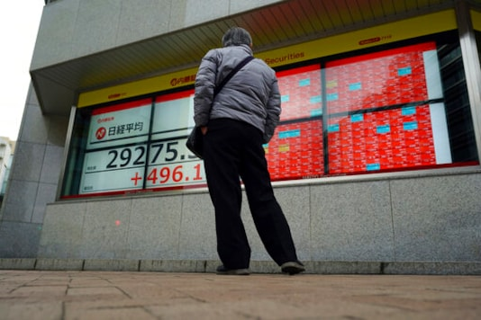 Asian Shares Rise As Optimism Grows Over Global Recovery