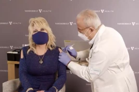 Video grab of Dolly Parton receiving her vaccination. (Credit: Twitter)