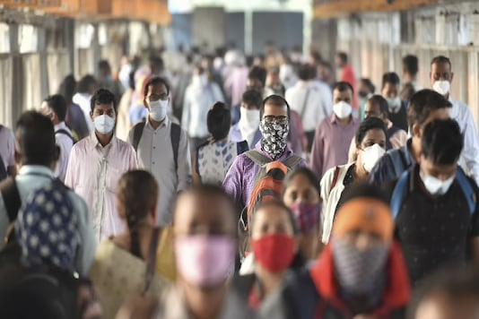 The number of fresh cases in Mumbai has touched a 131-day high of 1,361. (Photo: PTI)