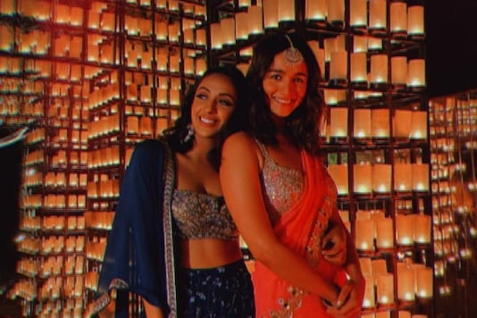 Alia Bhatt Looks Like a Dream in Red Saree, Shares Pictures From Her Friend's Wedding