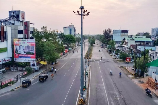 Nagpur streets deserted amid lockdown. (PTI)