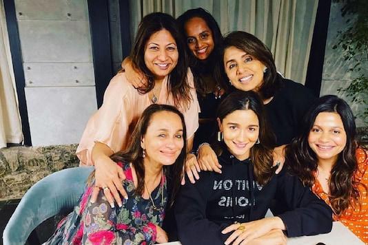 Alia Bhatt Spends Birthday Eve with Mom Soni Razdan and Neetu Kapoor, See Pic