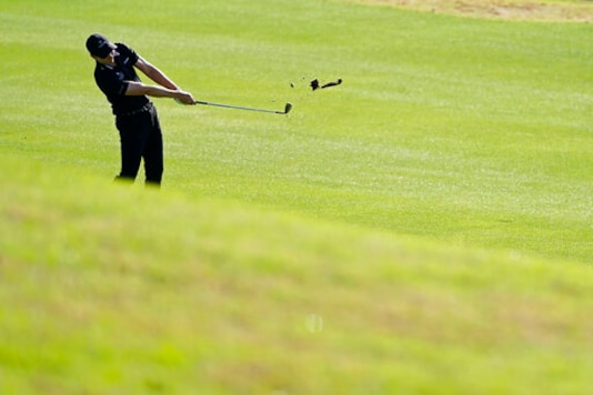 Cantlay Getting A Full Dose Of The Intense Golf He Likes