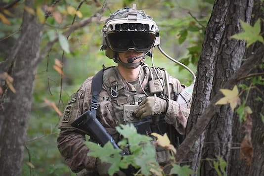 Microsoft AR Headsets for US Army Can Fetch Company $22bn, Save Civilians in Combat