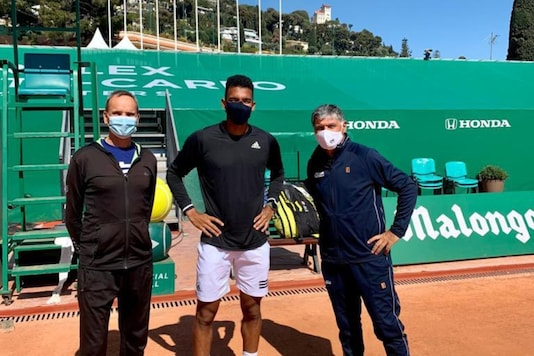 Felix Auger Aliassime (C) is set to be coached by Toni Nadal. (Photo Credit: Auger-Aliassime Twitter)