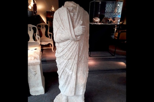 Italian police say they have recovered a 1st century Roman statue that was stolen from an archaeological site in 2011. (Credit: Carabinieri via AP)