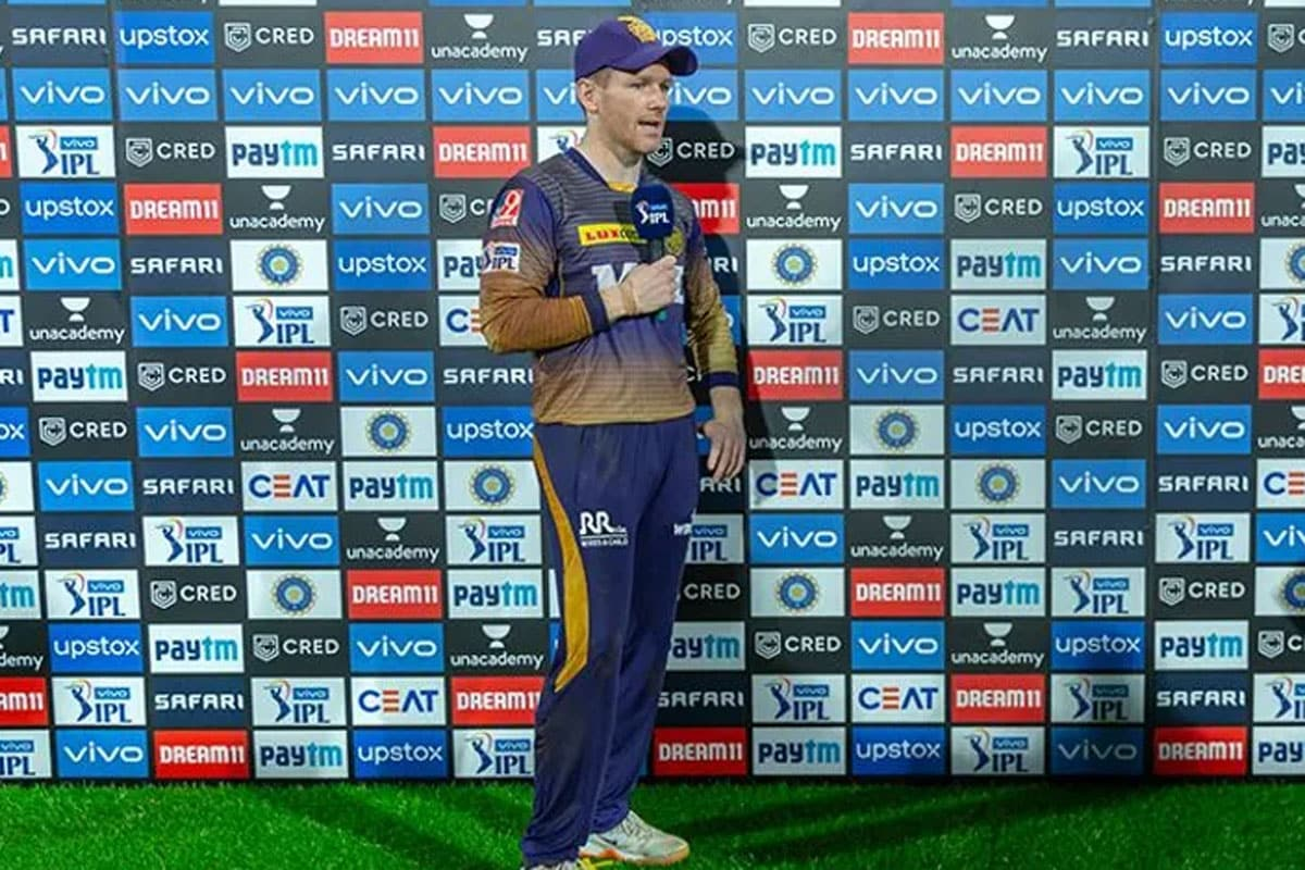 IPL 2021: 'I Tend to Stay Away from Andre Russell After He Gets Out' – Eoin Morgan