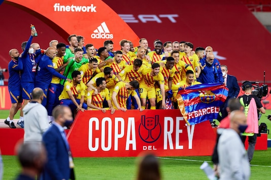 Barcelona lift the Cope del Rey (Photo Credit: Twitter)