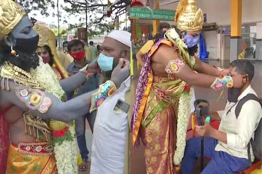 The trio dressed up as Lord Ram, Lord Krishna and Lord Hanuman on RamNavami and spread awareness among people. (Credit: ANI/twitter)