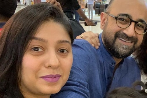 Sunidhi Chauhan Finally Addresses Rumours of Troubled Marriage with Hitesh Sonik
