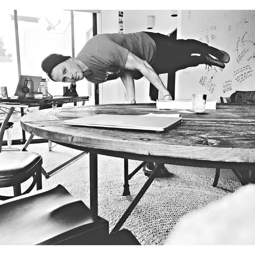 Tatum gives fitness inspiration to everyone as he lifts and balances himself with the help of a table, flexing his muscles and flaunting his perfectly carved arms. He surely knows how to make a mundane work day fun. (Image: Instagram)
