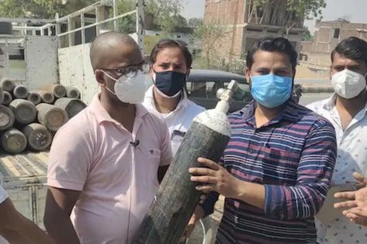 Bhadohi Hospital providing free oxygen cylinders