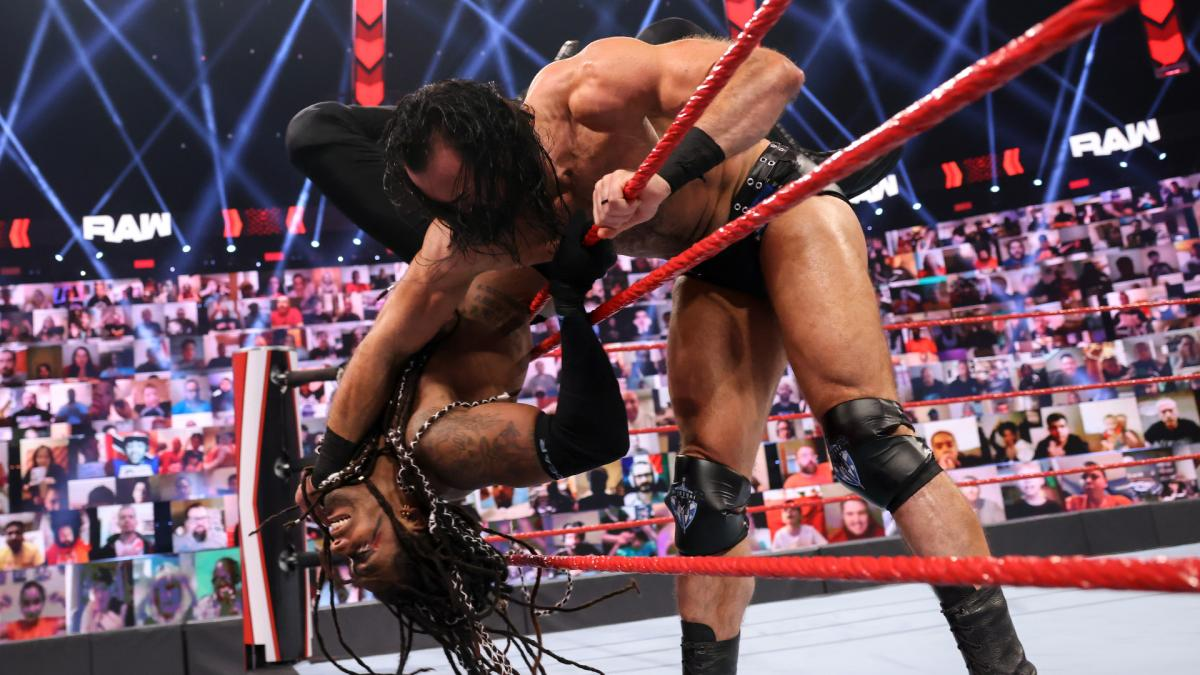 MACE and T-BAR defeated Drew McIntyre and Braun Strowman by count-out (WWE)