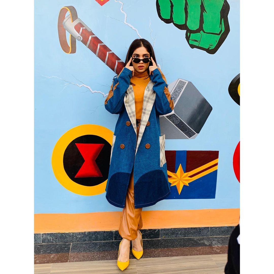Bhumi Pednekar looks edgy in the colourblock look. (Image: Instagram)